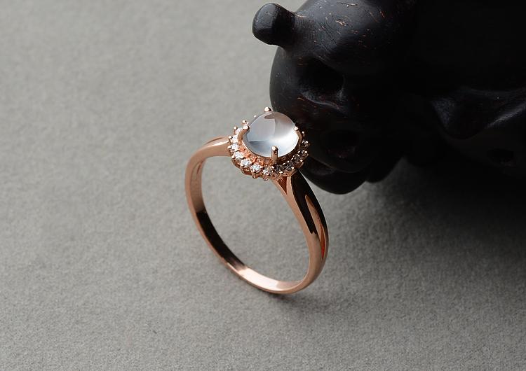 (超值推荐)玻璃种无色起莹光镶玫瑰金钻石戒指
